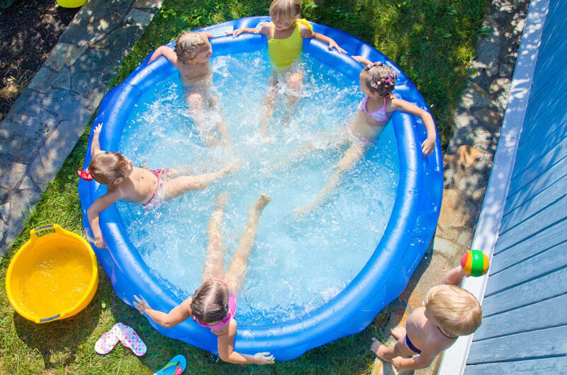 Domácí nafukovací bazény